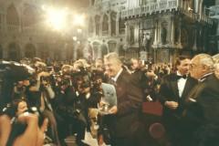 1992 Sergio Maldini ritira il Premio Campiello La casa a nord-est