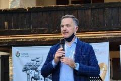 Giuliano Calin dellAZIMUT sostenitore del premio